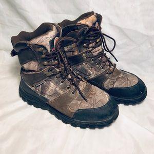 "8dad17e4647 Men's Brama 8"" thinsulate camo hunting boots 10.5"